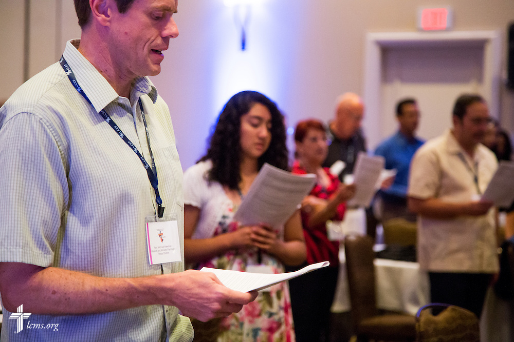 "Participants join in worship on Tuesday, July 28, 2015, during the 5th Hispanic National Convention, ""¡Come and See!: Celebrating Our Gifts,"" at the Grand Hyatt Tampa Bay in Tampa, Fla. LCMS Communications/Pamela Nielsen"