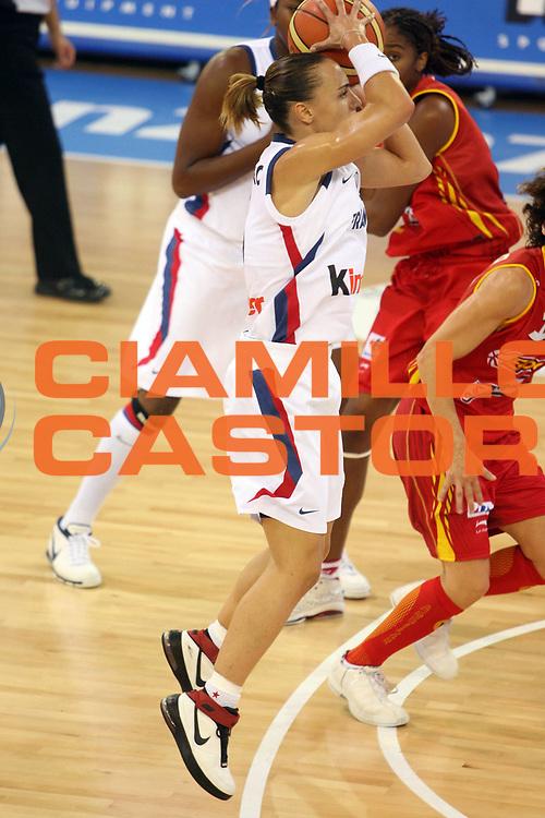 DESCRIZIONE : Ortona Italy Italia Eurobasket Women 2007 Francia Spagna France Spain<br /> GIOCATORE : Celine Dumerc<br /> SQUADRA : Francia France<br /> EVENTO : Eurobasket Women 2007 Campionati Europei Donne 2007 <br /> GARA : Francia Spagna France Spain<br /> DATA : 01/10/2007 <br /> CATEGORIA : Tiro<br /> SPORT : Pallacanestro <br /> AUTORE : Agenzia Ciamillo-Castoria/E.Castoria<br /> Galleria : Eurobasket Women 2007 <br /> Fotonotizia : Ortona Italy Italia Eurobasket Women 2007 Francia Spagna France Spain<br /> Predefinita :