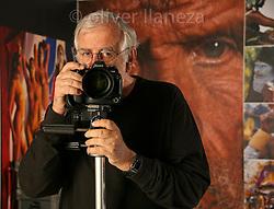FOT&Oacute;GRAFO: Oliver Llaneza ///<br /> <br /> Roberyto Edwards para libro Innovacio&oacute;n en Chile