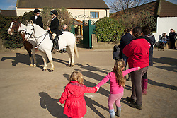 © Licensed to London News Pictures. 10/03/2012..Cleveland, England..Spectators arrive at Thrushwood Farm on Teesside at the start of the hunt...Photo credit : Ian Forsyth/LNP
