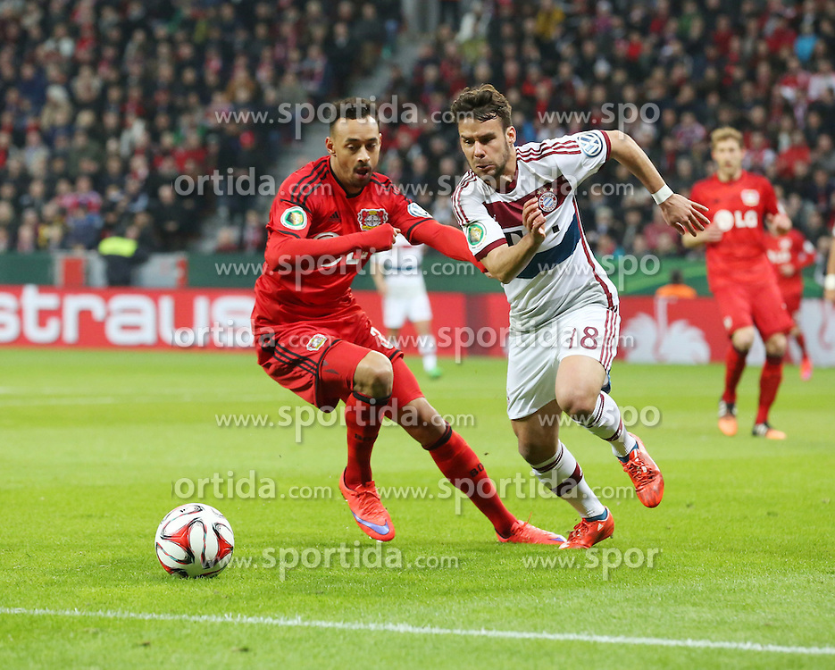 08.04.2015, BayArena, Leverkusen, GER, DFB Pokal, Bayer 04 Leverkusen vs FC Bayern Muenchen, Viertelfinale, im Bild Karim Bellarabi (Bayer 04 Leverkusen #38) und Juan Bernat (FC Bayern Muenchen #18) // during the German DFB Pokal quarter final match between Bayer 04 Leverkusen and FC Bayern Munich at the BayArena in Leverkusen, Germany on 2015/04/08. EXPA Pictures &copy; 2015, PhotoCredit: EXPA/ Eibner-Pressefoto/ Sch&uuml;ler<br /> <br /> *****ATTENTION - OUT of GER*****