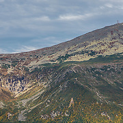 Views of Tuckerman Ravine and the summit of Mount Washington. From Wildcat Mountain.