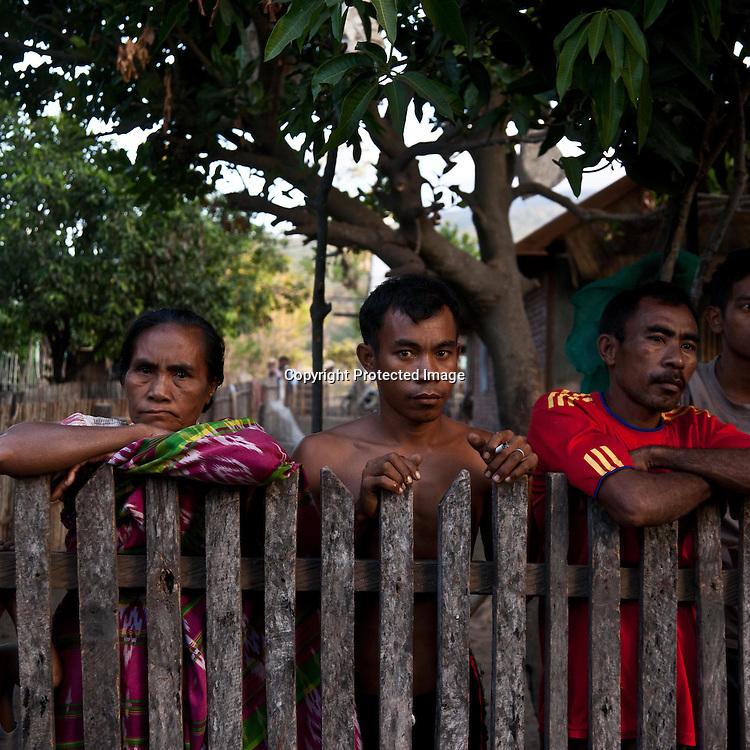 INDONESIA,Sumbawa archipelaga; Tambora Peninsula  villagers