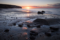 © Licensed to London News Pictures. 23/09/2016. Sandown, Isle of Wight, UK.  Sunrise at Yaverland beach on the Isle of Wight this morning, 23rd September 2016. The day has started cool, but fine and sunny. It will become a little cloudier and breezier later in the South East of England. Photo credit: Rob Arnold/LNP