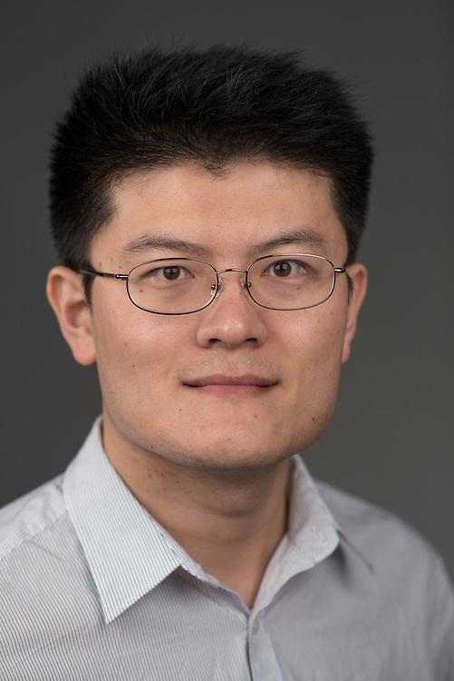 Zxi Liu Economics Professor