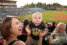 PLU Nights at the Rainiers