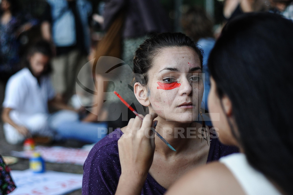 SAO PAULO, SP, 09.08.2013 - Ato na Avenida Paulista, em São Paulo, nesta sexta-feira, Dia Internacional dos Povos Indígenas.. (Foto: Adriano Lima / Brazil Photo Pres