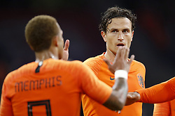 (L-R) Memphis Depay of Holland, Daryl Janmaat of Holland during the International friendly match match between The Netherlands and Peru at the Johan Cruijff Arena on September 06, 2018 in Amsterdam, The Netherlands