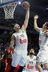 28.01.2016, Palacio de los Deportes, Madrid, ESP, FIBA, EL, Real Madrid vs Olympiacos PiraeusPlayoff, 5. Spiel, im Bild Real Madrid's Willy Hernangomez // during the 5th Playoff match of the Turkish Airlines Basketball Euroleague between Real Madrid and Olympiacos Piraeus at the Palacio de los Deportes in Madrid, Spain on 2016/01/28. EXPA Pictures © 2016, PhotoCredit: EXPA/ Alterphotos/ Acero<br /> <br /> *****ATTENTION - OUT of ESP, SUI*****