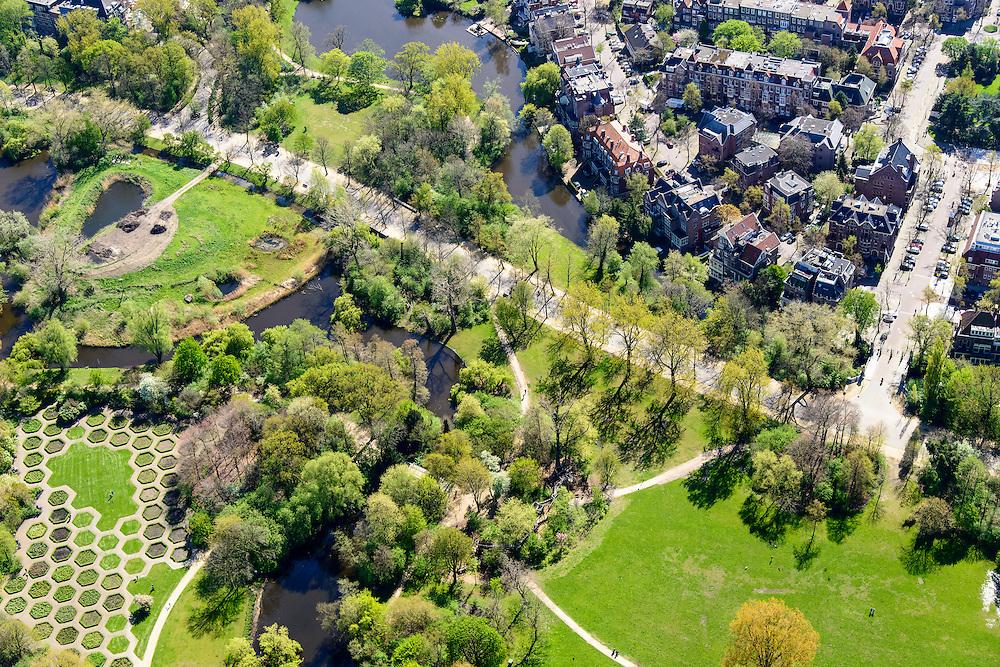 Nederland, Noord-Holland, Amsterdam, 09-04-2014; Amsterdam-Zuid,  Vondelpark ter hoogte van Emmalaan.<br /> Vondel park, Amsterdam South.<br /> luchtfoto (toeslag op standard tarieven);<br /> aerial photo (additional fee required);<br /> copyright foto/photo Siebe Swart