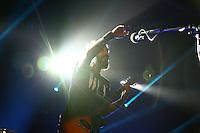 """Mannheim. 27.09.15 Capitol. Konzert. Wirtz.<br /> Daniel Wirtz (* 19. Oktober 1975 in Heinsberg), bekannt als """"Wirtz"""", ist ein deutscher Sänger und Songwriter. Erste Erfolge hatte er ab 1999 als Kopf und Sänger der Band Sub7even. Seit 2007 veröffentlicht und tourt er ausschließlich als Solokünstler mit Band. <br /> WIRTZ ist bekannt für seine eindrucksvolle Rockstimme und seine ehrlichen und bewegenden Songs. """"In meinen Texten lasse ich so tiefe Einblicke zu, dass sich das Singen anfühlt, wie nackt U-Bahn fahren"""", bekennt WIRTZ.<br /> <br /> Bild: Markus Proßwitz 27SEP15 / masterpress (Bild ist honorarpflichtig)"""