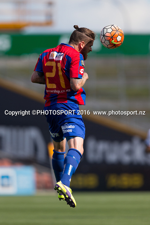 WaiBOP midfielder Sean Morris heads the ball during the ASB Premiership - Round 11 football match at FMG Stadium, Hamilton, Sunday 7 February 2016. Copyright Photo: Stephen Barker / www.photosport.nz