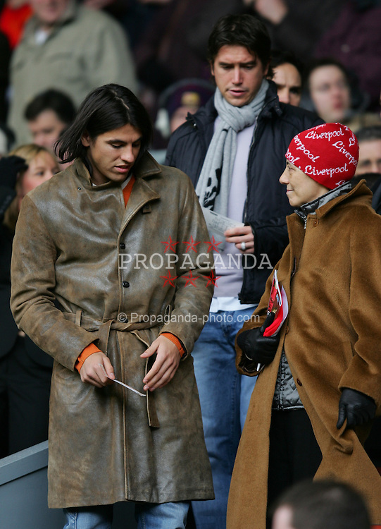 LIVERPOOL, ENGLAND - SATURDAY JANUARY 1st 2005: Liverpool's injured forwards Milan Baros and Harry Kewell take their seats in the director's box before the Premiership match against Chelsea at Anfield. (Pic by David Rawcliffe/Propaganda)