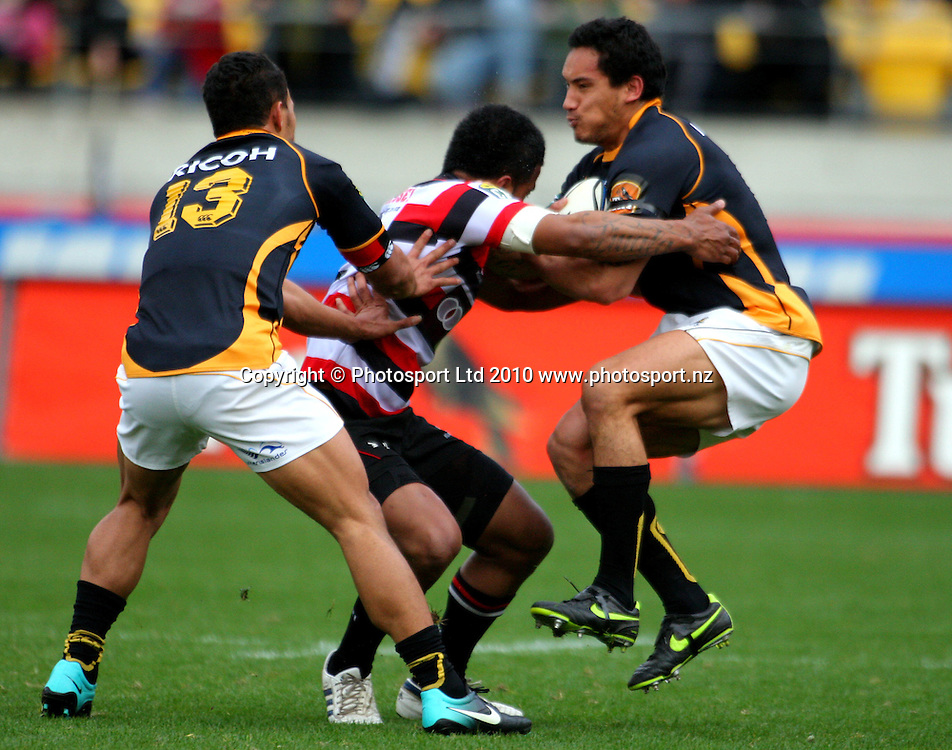 Wellington's Hosea Gear bounces off a tackle. ITM Cup - Wellington Lions v Counties-Manukau Steelers at Westpac Stadium, Wellington, New Zealand on Sunday, 8 August 2010. Photo: Dave Lintott/PHOTOSPORT