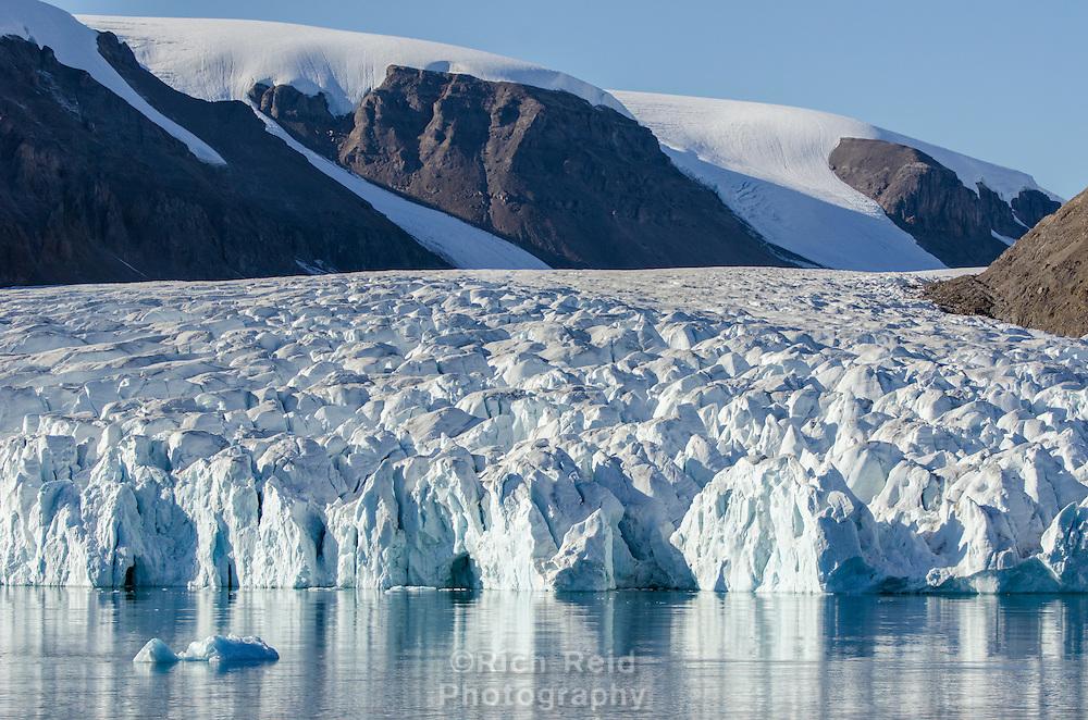 Tidewater glacier in South Cape Fiord on Ellesmere Island in Nunavut, Canada.