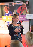 AMSTERDAM - Tischa Neve.. KNHB Symposium Train de Trainer, voor trainer, coach , begeleider binnen het aangepaste hockey. Dit alles in het Ronald MacDonald Centre in Amsterdam. COPYRIGHT KOEN SUYK
