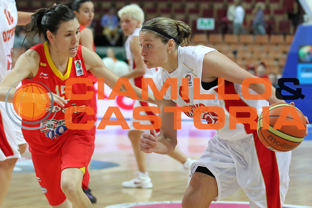 DESCRIZIONE : Katowice Poland Polonia Eurobasket Women 2011 Round 1 Montenegro Spagna Montenegro Spain<br /> GIOCATORE : Anna De Forge<br /> SQUADRA : Montenegro<br /> EVENTO : Eurobasket Women 2011 Campionati Europei Donne 2011<br /> GARA : Montenegro Spagna Montenegro Spain<br /> DATA : 19/06/2011<br /> CATEGORIA :<br /> SPORT : Pallacanestro <br /> AUTORE : Agenzia Ciamillo-Castoria/E.Castoria<br /> Galleria : Eurobasket Women 2011<br /> Fotonotizia : Katowice Poland Polonia Eurobasket Women 2011 Round 1 Montenegro Spagna Montenegro Spain<br /> Predefinita :