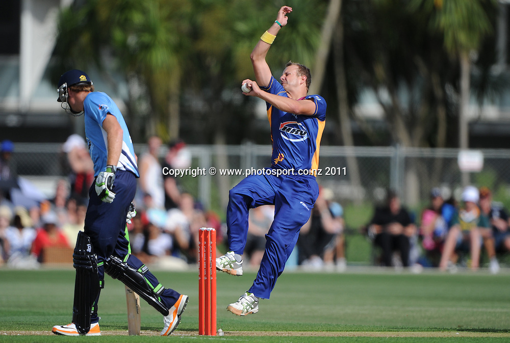Otago bowler Neil Wagner in action during the HRV Twenty20 Cricket match between the Auckland Aces and Otago Volts at Colin Maiden Oval in Auckland, New Zealand on Friday 6 January 2012. Photo: Andrew Cornaga/Photosport.co.nz