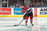 KELOWNA, BC - NOVEMBER 1:  Ethan Ernst #19 of the Kelowna Rockets looks for the pass against the Prince George Cougars at Prospera Place on November 1, 2019 in Kelowna, Canada. (Photo by Marissa Baecker/Shoot the Breeze)