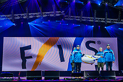 20.02.2019, Seefeld, AUT, FIS Weltmeisterschaften Ski Nordisch, Seefeld 2019, Eröffnungsfeier, im Bild Einzug der FIS Fahne // Collection of the FIS flag during the opening ceremony of the FIS Nordic Ski World Championships 2019. Seefeld, Austria on 2019/02/20. EXPA Pictures © 2019, PhotoCredit: EXPA/ Stefan Adelsberger