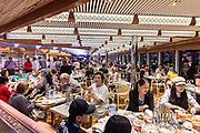 COSTA CROCIERE: cena al buffet, besides the a la carte dinner in the main restaurant, there is a rich buffet