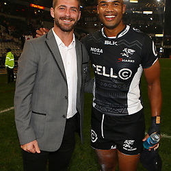 DURBAN, SOUTH AFRICA - JULY 15: Willie le Roux with JP Pietersen during the Super Rugby match between the Cell C Sharks and Sunwolves at Growthpoint Kings Park on July 15, 2016 in Durban, South Africa. (Photo by Steve Haag/Gallo Images)