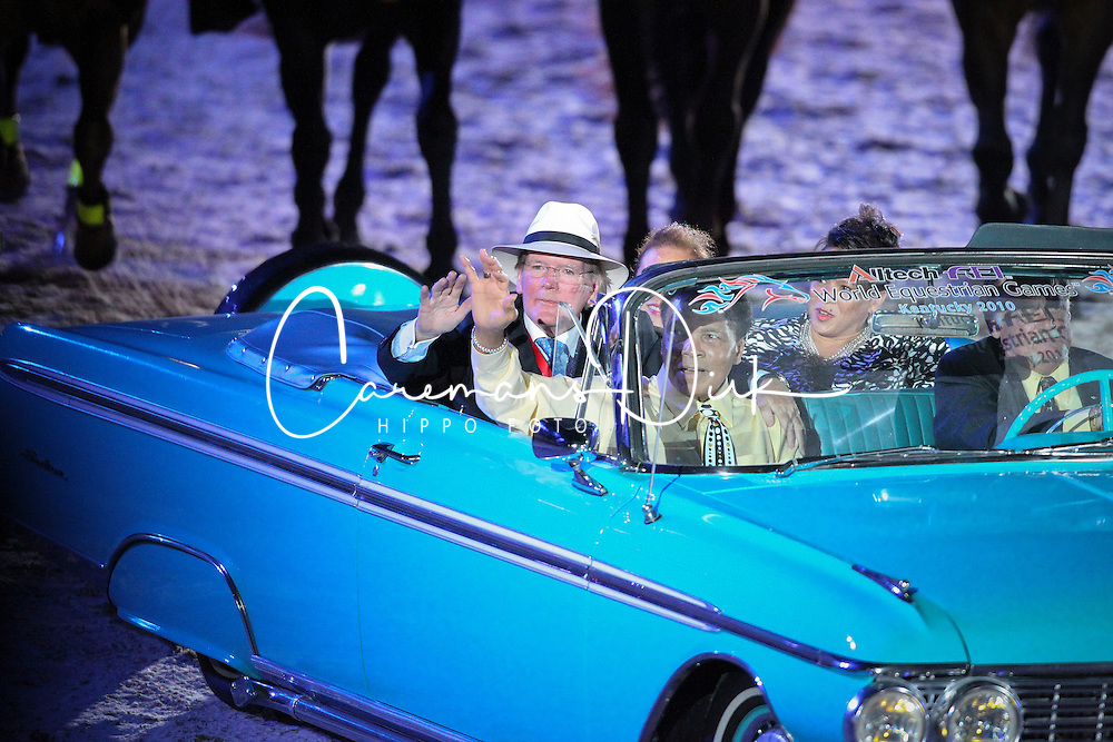 Mohammed Ali and Dr. Pearse Lyons (President from Alltech) in the car<br /> Alltech FEI World Equestrian Games <br /> Lexington - Kentucky 2010<br /> © Dirk Caremans