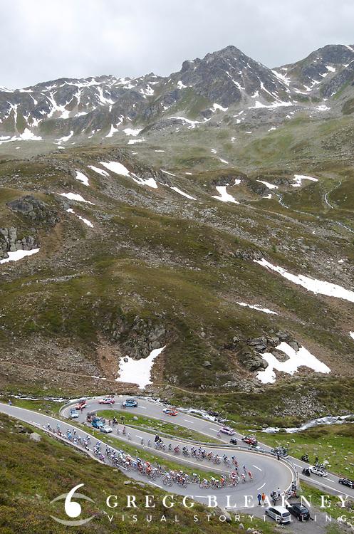 2011 Tour de Suisse stage 7, 2383m Fluelapass.