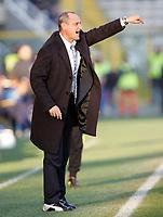 """L'Allenatore della Lazio Delio Rossi<br /> Lazio Trainer Delio Rossi<br /> Italian """"Serie A"""" 2006-07 <br /> 23 Dic 2006 (Match Day 18)<br /> Parma-Lazio (1-3)<br /> """"Ennio Tardini"""" Stadium-Parma-Italy<br /> Photographer Luca Pagliaricci INSIDE"""