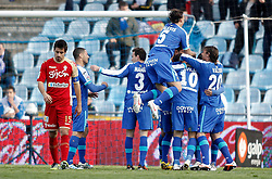 07.04.2012, Stadion Coliseum Alfonso Perez, Getafe, ESP, Primera Division, FC Getafe vs Sporting Gijon, 32. Spieltag, im Bild Getafe's players celebrate // during the football match of spanish 'primera divison' league, 32th round, between FC Getafe and Sporting Gijon at Coliseum Alfonso Perez stadium, Getafe, Spain on 2012/04/07. EXPA Pictures © 2012, PhotoCredit: EXPA/ Alterphotos/ Alvaro Hernandez..***** ATTENTION - OUT OF ESP and SUI *****