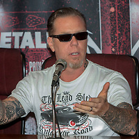 São Paulo - SP / James Hetfield, vocalista da banda de rock Metallica, durante entrevista coletiva no estádio do Morumbí / Foto: Rogerio Albuquerque