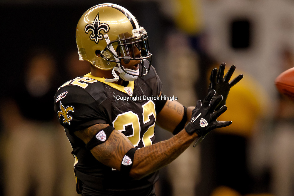 November 21, 2010; New Orleans, LA, USA; New Orleans Saints cornerback Tracy Porter (22) during warm ups prior to kickoff of a game against the Seattle Seahawks at the Louisiana Superdome. The Saints defeated the Seahawks 34-19. Mandatory Credit: Derick E. Hingle