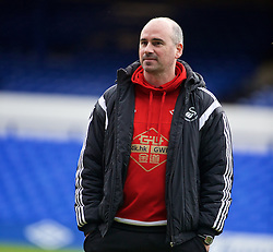 LIVERPOOL, ENGLAND - Sunday, January 24, 2016: Swansea City's sport psychologist Ian Mitchall before the Premier League match against Everton at Goodison Park. (Pic by David Rawcliffe/Propaganda)
