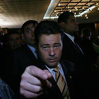 Queretaro, Qro.- El jgobernador del estado de Sonora al termino de la ceremonia inaugural de la I Convencion nacional Hacendaria en la ciudad de Queretaro el 5 de Febrero de 2004. Agencia MVT / Mario Vazquez de la Torre.
