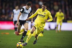 December 23, 2017 - Valencia, Spain - Pablo Fornals during the match between Valencia CF against Villarreal CF , week 17 of  La Liga 2017/18 at Mestalla stadium, Valencia, SPAIN - 17th December of 2017. (Credit Image: © Jose Breton/NurPhoto via ZUMA Press)