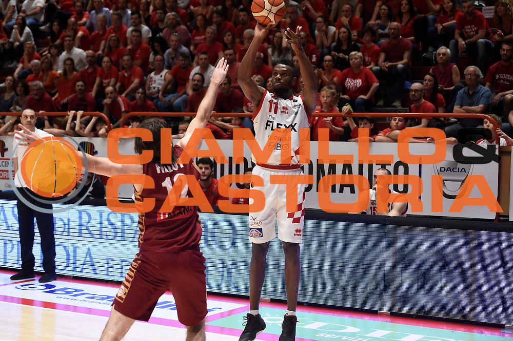 Lombardi Eric<br /> The Flexx Pistoia - Umana Venezia<br /> Playoff gara 3<br /> Legabasket A 2016/2017<br /> pistoia17/05/2017<br /> Foto Ciamillo-Castoria