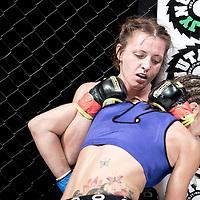 Kirsty Davis vs. Jess Offermans