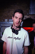 DJ James Lavelle (Mo Wax UNKLE) at World DJ Day Fabric London March 2002