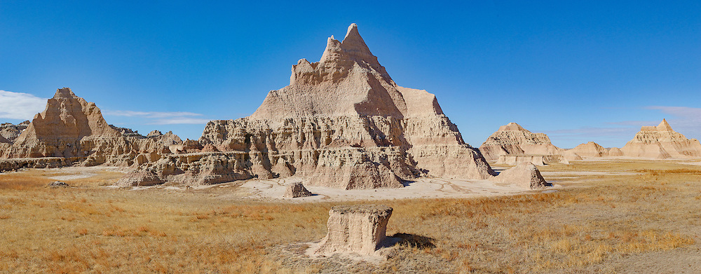 Erroded Clay at Badlands National Park, South Dakota. Almost look like the pyramids of Giza