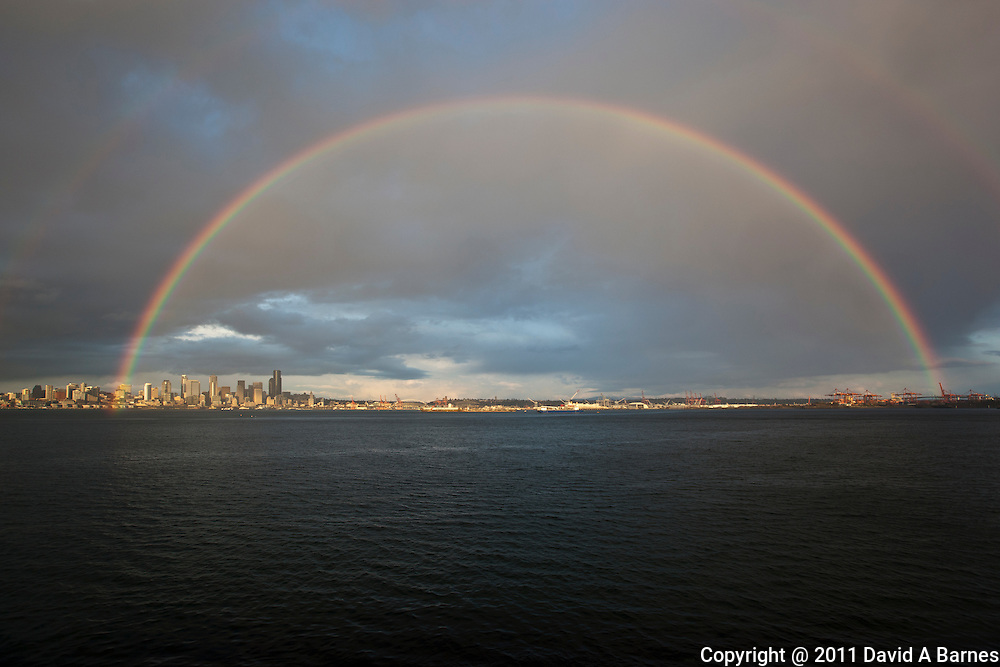 Rainbow over Elliott Bay and Seattle, Washongton, USA