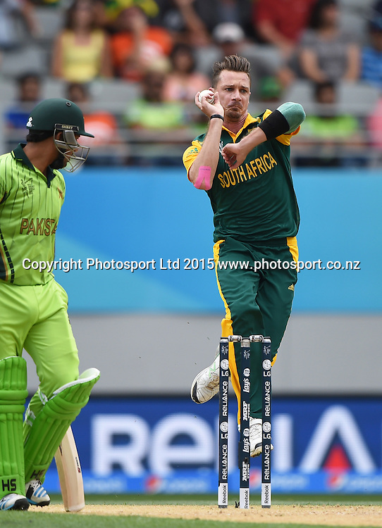 during the ICC Cricket World Cup 2015 match between South Africa and Pakistan at Eden Park, Auckland. Saturday 7 March 2015. Copyright Photo: Andrew Cornaga / www.Photosport.co.nz