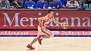 DESCRIZIONE : Campionato 2014/15 Serie A Beko Dinamo Banco di Sardegna Sassari - Grissin Bon Reggio Emilia Finale Playoff Gara4<br /> GIOCATORE : Andrea Cinciarini<br /> CATEGORIA : Palleggio Contropiede<br /> SQUADRA : Grissin Bon Reggio Emilia<br /> EVENTO : LegaBasket Serie A Beko 2014/2015<br /> GARA : Dinamo Banco di Sardegna Sassari - Grissin Bon Reggio Emilia Finale Playoff Gara4<br /> DATA : 20/06/2015<br /> SPORT : Pallacanestro <br /> AUTORE : Agenzia Ciamillo-Castoria/GiulioCiamillo