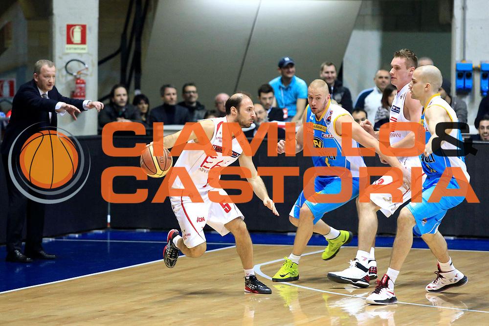 DESCRIZIONE : Milano Lega A 2012-2013 EA7 Emporio Armani Milano Vanoli Cremona<br /> GIOCATORE : Giachetti Jacopo<br /> CATEGORIA : controcampo<br /> SQUADRA : EA7 Emporio Armani Milano<br /> EVENTO : Campionato Lega A 2012-2013 <br /> GARA : EA7 Emporio Armani Milano Vanoli Cremona<br /> DATA : 16/03/2013<br /> SPORT : Pallacanestro <br /> AUTORE : Agenzia Ciamillo-Castoria/I.Mancini<br /> Galleria : Lega Basket A 2012-2013  <br /> Fotonotizia : Milano Lega A 2012-2013 EA7 Emporio Armani Milano Vanoli Cremona<br /> Predefinita :