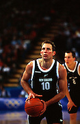 Ralph Lattimore during the Men's basketball match between the New Zealand Tall Blacks and France at the Olympics in Sydney, Australia on 17 September, 2000. Photo: PHOTOSPORT<br />