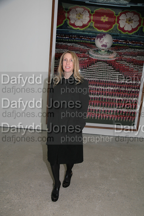 Sam Taylor Wood, Andreas Gursky, White Cube, Mason's Yard. London. 22 March 2007.   -DO NOT ARCHIVE-© Copyright Photograph by Dafydd Jones. 248 Clapham Rd. London SW9 0PZ. Tel 0207 820 0771. www.dafjones.com.