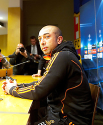 23.04.2012, Stadion Camp Nou, Barcelona, ESP, UEFA CL, Halblfinal-Rueckspiel, FC Barcelona (ESP) vs FC Chelsea (ENG), im Bild Chelsea's manager Roberto Di Matteo ahead the UEFA Championsleague Halffinal 2st Leg Match, between FC Barcelona (ESP) and FC Chelsea (ENG), at the Camp Nou Stadium, Barcelona, Spain on 2012/04/23. EXPA Pictures © 2012, PhotoCredit: EXPA/ Propagandaphoto/ David Rawcliffe..***** ATTENTION - OUT OF ENG, GBR, UK *****