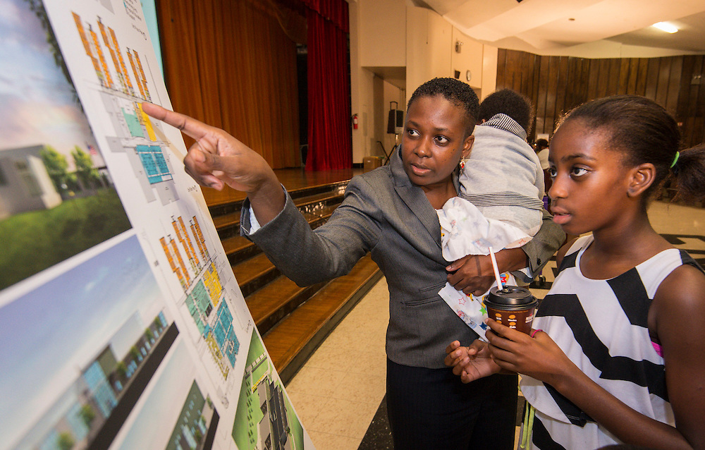 Bond community meeting at Dowling Middle School, October 27, 2015.