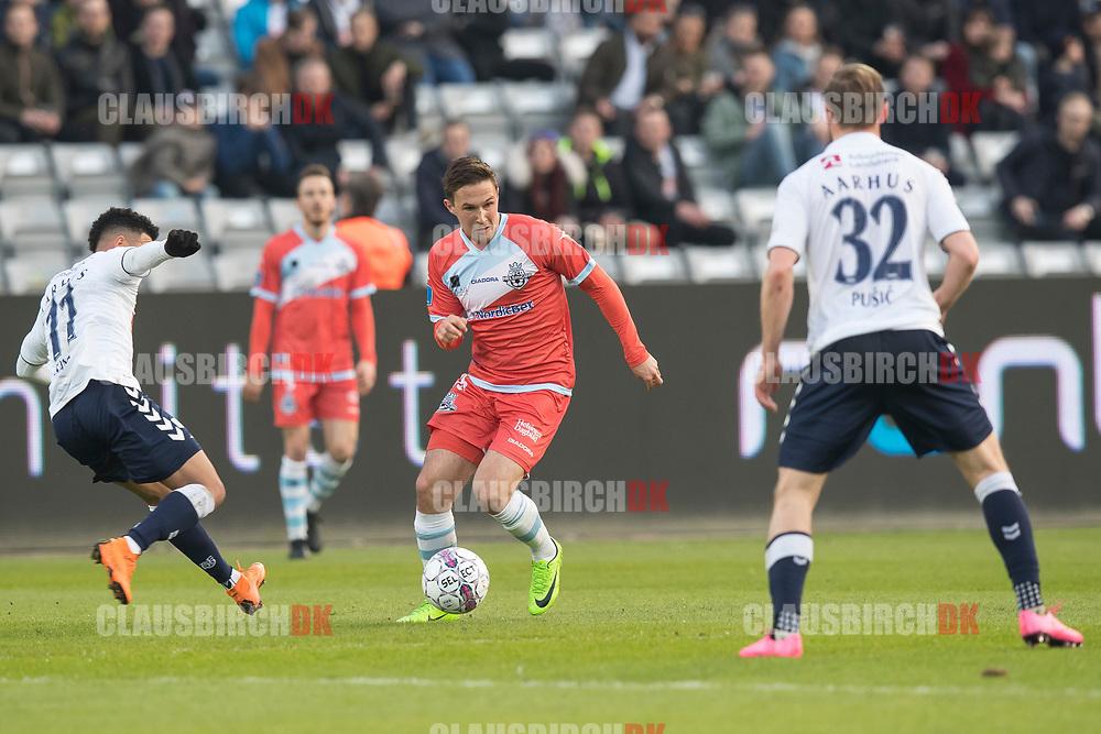 FODBOLD: Christian Køhler (FC Helsingør) under kampen i ALKA Superligaen mellem AGF og FC Helsingør den 13. april 2018 i Ceres Park. Foto: Claus Birch.