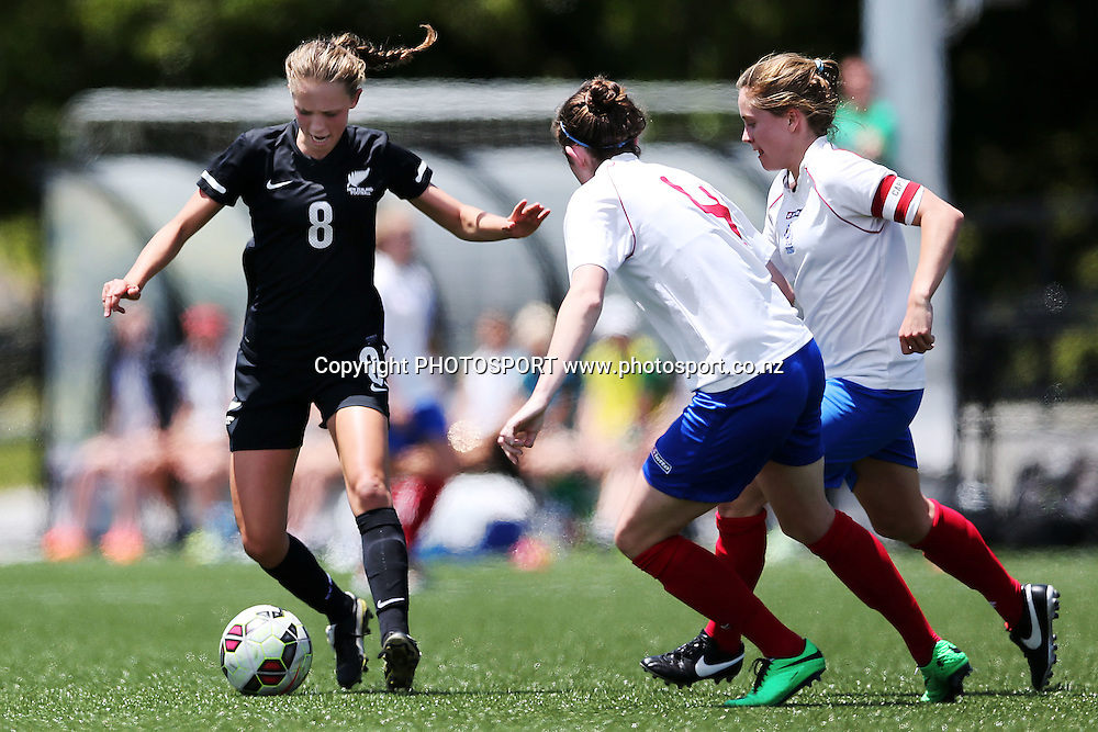 Daisy Cleverley of NZF Development in action. 2014 ASB Women's League football match, Auckland Football v NZF Development at William Green Domain, Auckland, New Zealand. Sunday 23 November 2014. Photo: Anthony Au-Yeung / photosport.co.nz