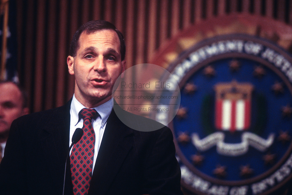 WASHINGTON, DC - September 24:  Director of the FBI Louis Freeh discussing Drug King Pin Romon Arellano Felix in Washington, DC. September 24, 1997  (Photo RIchard Ellis)